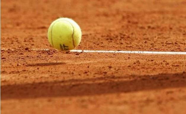 25878-campo-da-tennis
